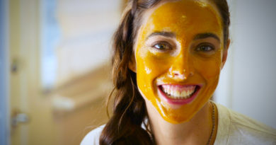 easy DIY face mask to get a glowing skin