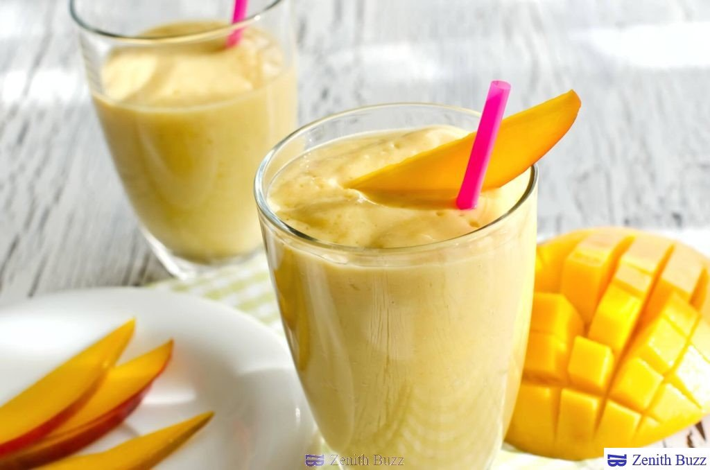 Healthy smoothies which can be prepared quickly with Handblender